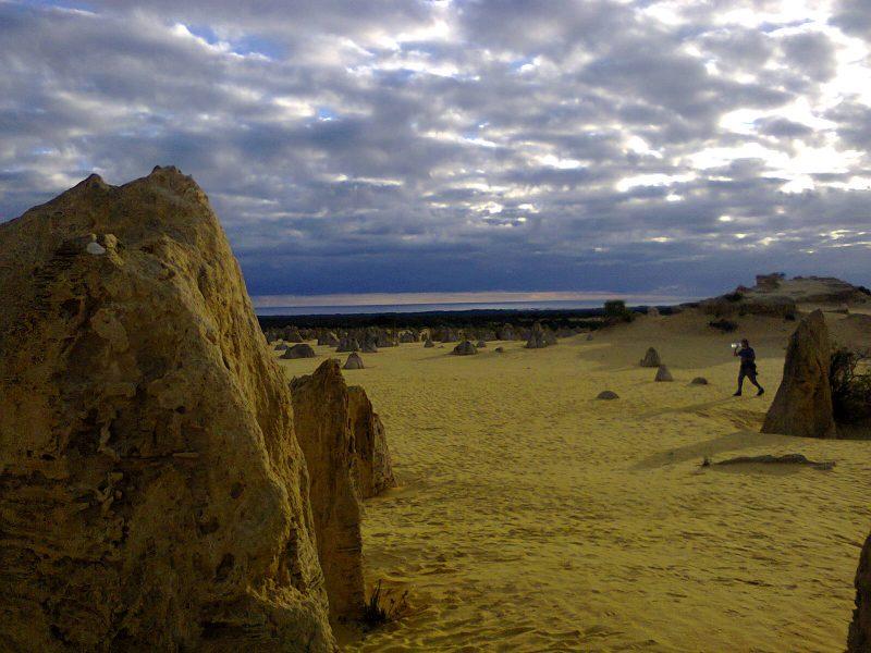 Pinnacles-Desert-Best-Attraction-Western-Australia-Perth-Off-Beaten-Track-Odd-Unusual-Strange-B-1
