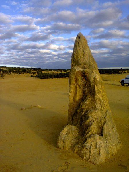 Pinnacles Desert Best Attraction Western Australia Perth Off Beaten Track Odd Unusual Strange peak clouds