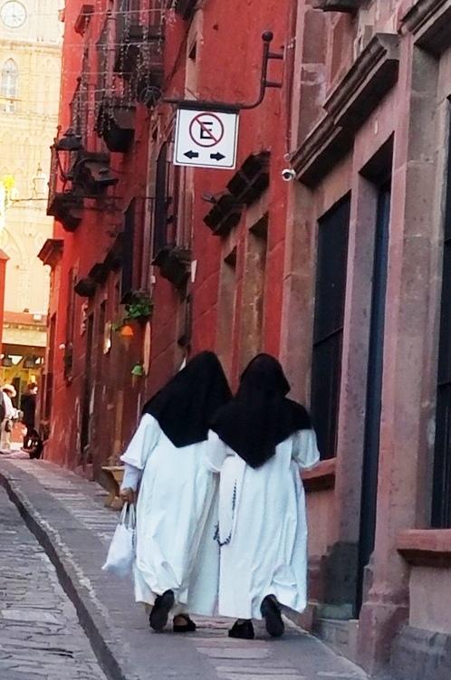 catholic nuns streets walking unesco heritage san miguel de allende mexico live like a local